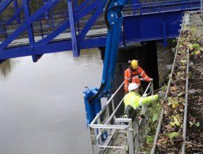 Bridge clearance with a crane
